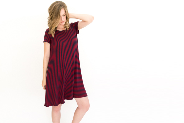 Ebony Tee with Invisible Zippers [Nursing Friendly]